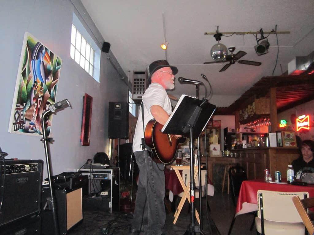 John Gruber Live Music at Luna's Cafe in Sacramento, CA
